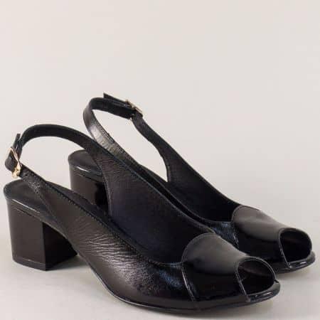 Черни дамски сандали от естествена кожа и лак на ток 339051lch