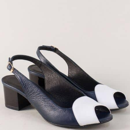 Кожени дамски сандали на среден ток в бяло и синьо 339051sb
