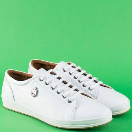 Бели дамски с връзки обувки от естествена кожа 339b