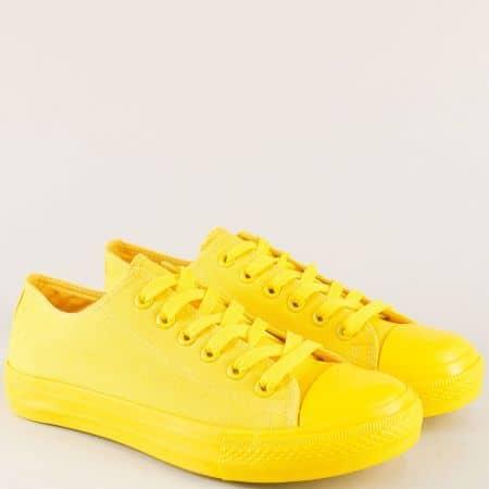 Мъжки кецове с връзки на равно ходило в жълт цвят 340-45j