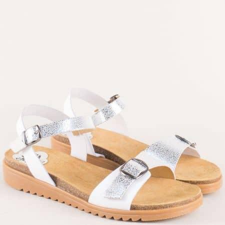 Кожени дамски сандали в сребро и бяло с две катарами 3410sr