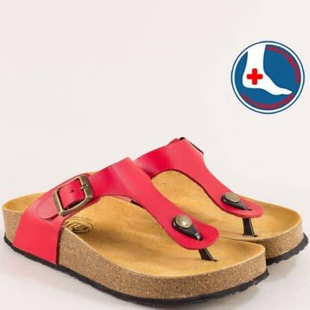 Кожени дамски чехли в червен цвят на анатомично ходило- PLAKTON 341671chv