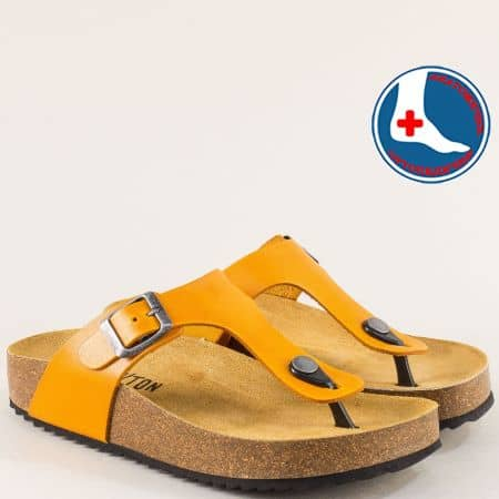 Жълти дамски чехли от естествена кожа- PLAKTON 341671j