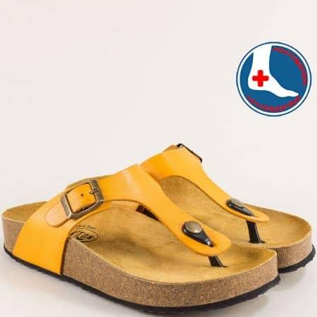 Анатомични дамски чехли в жълто с велурена стелка- PLAKTON 341671j1