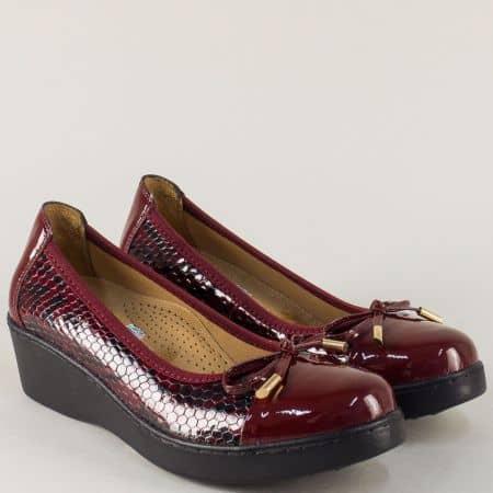 Шити дамски обувки от естествен лак в цвят бордо  3418krbd