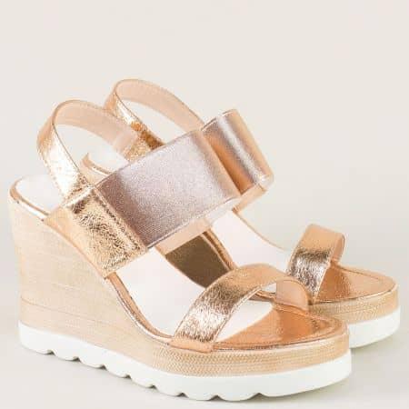 Дамски сандали на висока платформа в бронзов цвят 346329brz