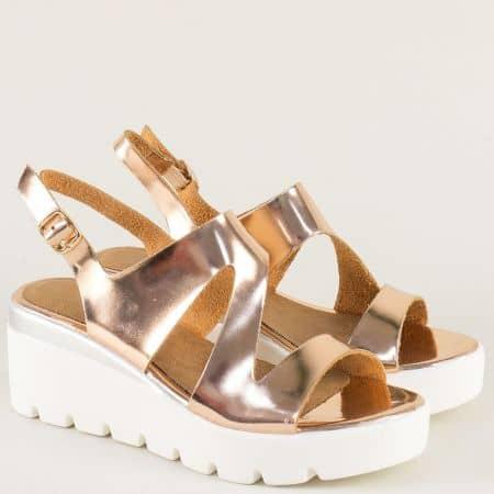 Бронзови дамски сандали на стабилна платформа 34675lbrz