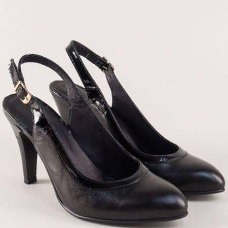 Кожени дамски обувки на български производител в черен цвят на висок ток 37009ch