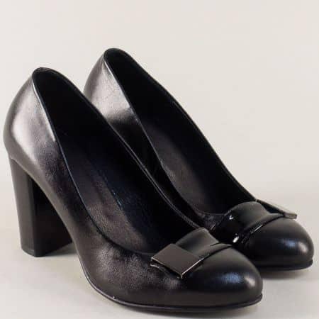 Черни дамски обувки на висок ток от естествена кожа 37108ch