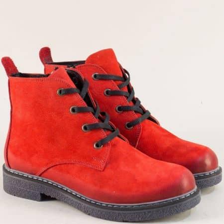 Червени дамски боти от естествен набук на каучуково ходило 37216nchv
