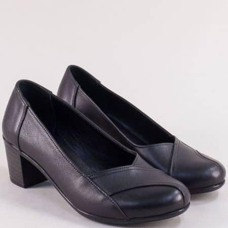 Дамски обувки на среден ток с кожена стелка в черен цвят 3811ch
