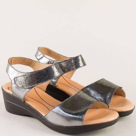 Бронзови дамски сандали с две лепки на клин ходило- VALERIA'S 4026brz
