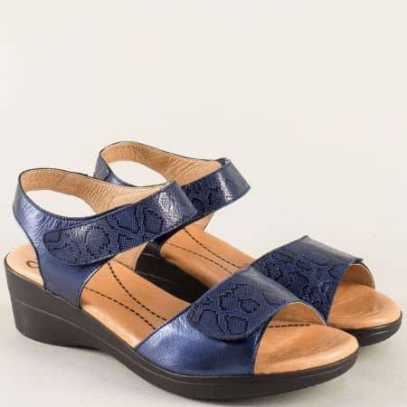 Кожени дамски сандали в синьо с две лепки на клин ходило- VALERIA'S 4026s