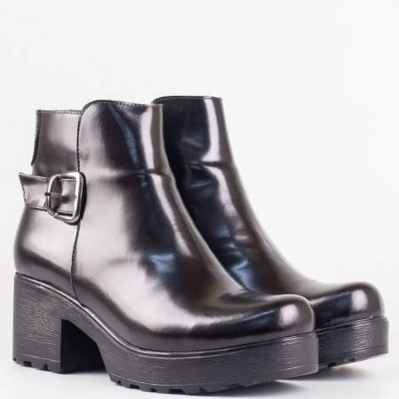 Дамски стилни боти от висококачествена естествена кожа в черен цвят 402ch