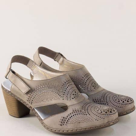 Сиви дамски обувки с отворена пета и перфорация на ток 40973bj