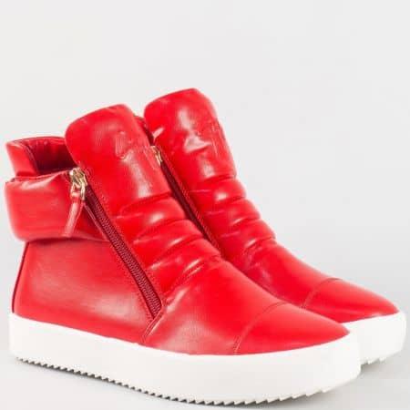 Атрактивни дамски кецове на платформа в червен цвят 4195chv