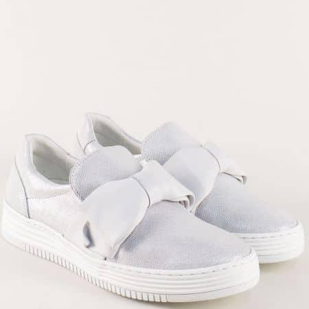 Сребристи дамски обувки от естествена кожа- Bullboxer  420008sr
