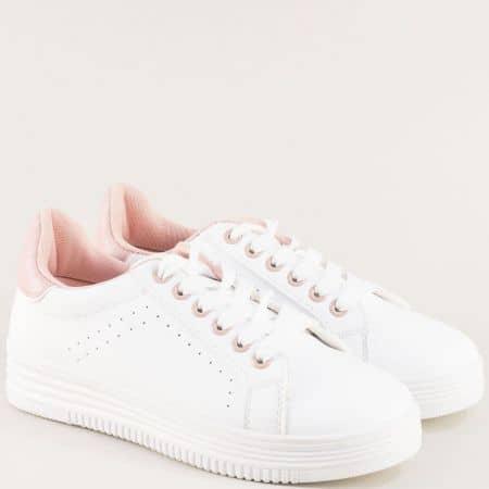 Дамски кецове с връзки в бяло и розово на равно ходило 4306brz