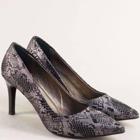 Елегантни дамски обувки на висок тънък ток в черна ефектна кожа 431zch