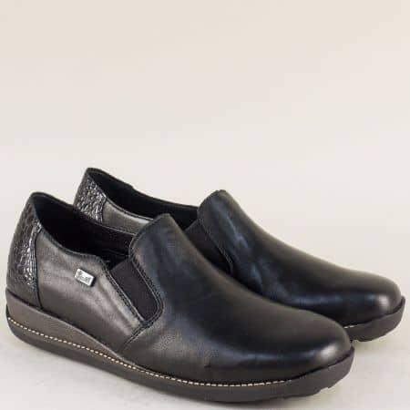 Дамски обувки от естествена кожа Rieker в черен цвят на равно ходило 44264ch