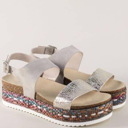 Сиви дамски сандали на платформа от естествен велур 449000sv
