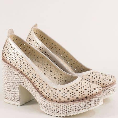 Златни дамски обувки на висок ток с перфорация 450655zl
