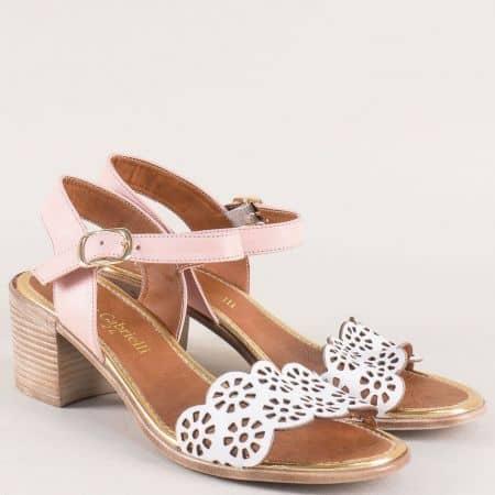 Кожени дамски сандали на среден ток в бяло и розово 450brz