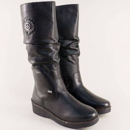 Черни дамски ботуши на платформа с топъл хастар 4668ch