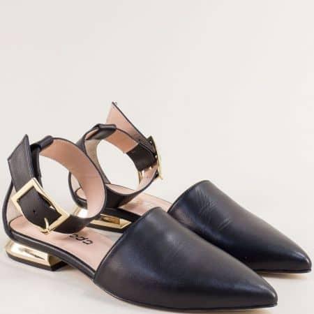 Дамски сандали в черно със затворени пръсти и пета 4811440ch