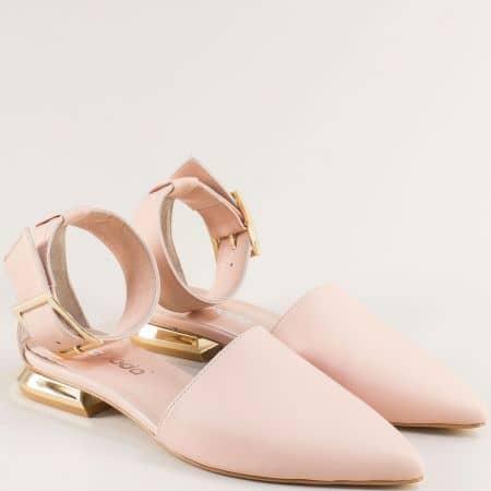 Дамски сандали със затворени пръсти и пета в розово 4811440rz