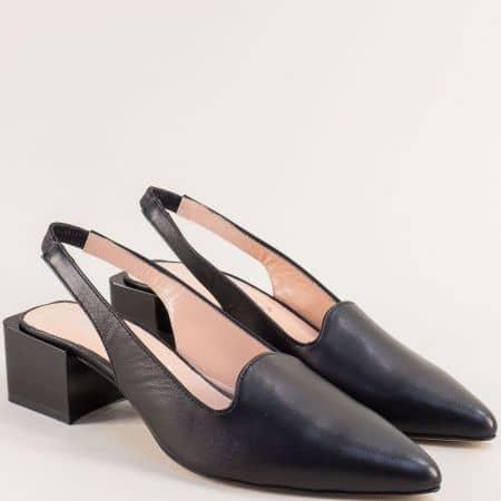 Кожени дамски обувки в черен цвят с отворена пета  4811463ch