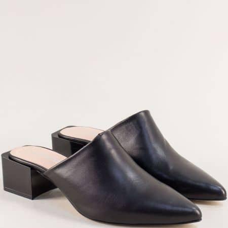Кожени дамски чехли на среден ток в черен цвят 4811512ch