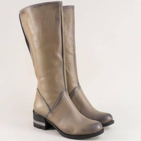 Бежови дамски ботуши от естествена кожа на среден ток 50120bj