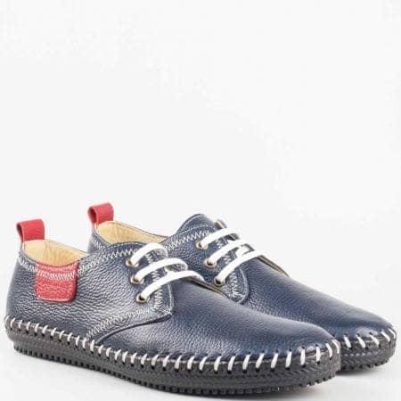 Сини мъжки обувки с връзки и  контрастиращите външни шевове от естествена кожа 501s