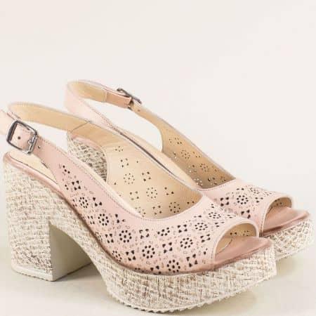 Кожени дамски сандали на висок ток в розов цвят 504655rz