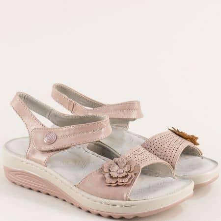 Дамски сандали на платформа в цвят пудра 508032rz