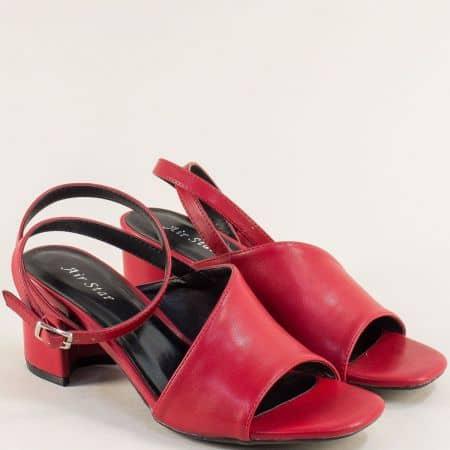 Дамски сандали на среден ток в червен цвят- MAT STAR 508069chv