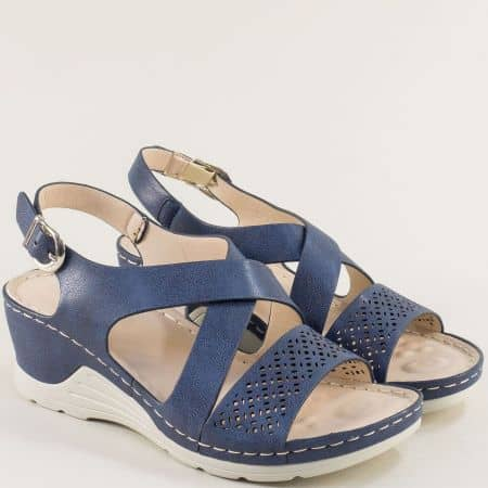 Дамски сандали на клин ходило в син цвят- MAT STAR 508079s