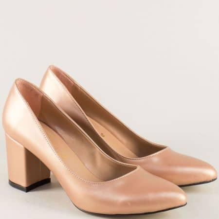 Златисти дамски обувки на стабилен среден ток  5101zl