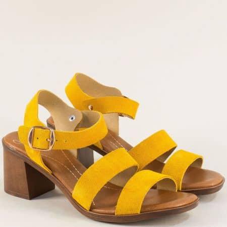 Жълти дамски сандали на висок ток от естествена велур 52030vj