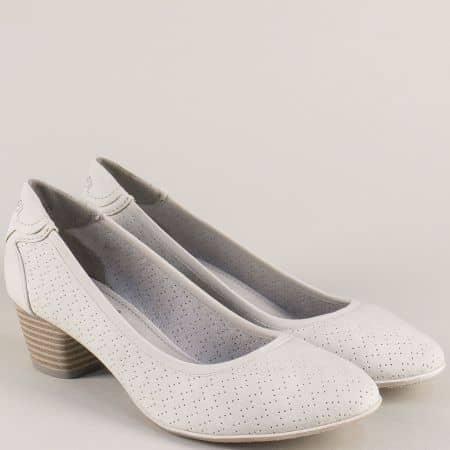 Перфорирани дамски обувки в бежов цвят- S. Oliver  52230020mb
