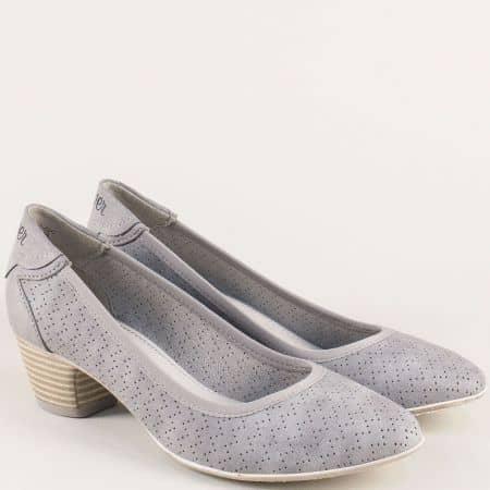 Сиви дамски обувки с перфорация на среден ток 52230020sv