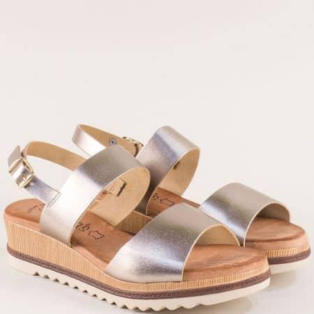 Златисти дамски сандали от естествена кожа на платформа от Испания 5225zl