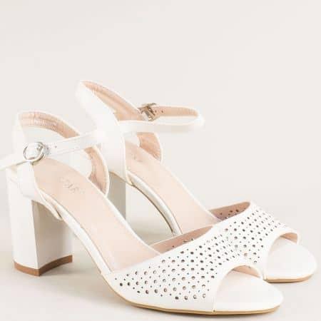 Бели дамски сандали на стабилен висок ток- MAT STAR 525034b