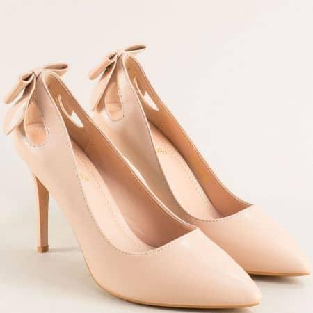 Бежови дамски обувки на висок тънък ток 525039bj
