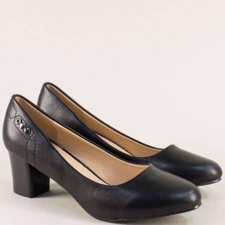 Елегантни дамски обувки на комфортен среден ток в черен цвят 525045ch