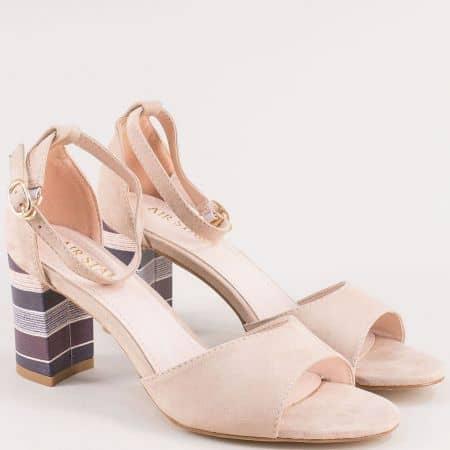 Бежови дамски сандали със затворена пета на цветен висок ток 525050vbj