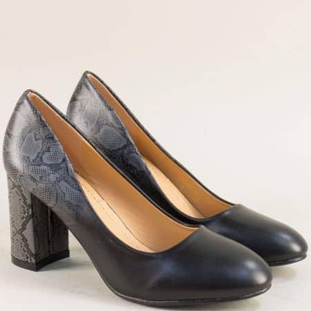 Черни дамски обувки на висок ток със змийски принт 525067ch