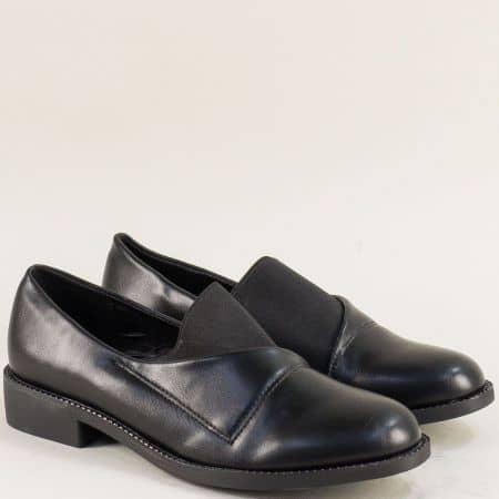 Дамски обувки с ластик на нисък ток в черен цвят 525077ch