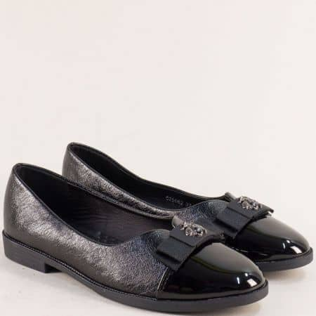 Равни дамски обувки в черен цвят с декорация- MAT STAR 525082ch